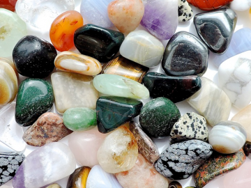 gemstones healing meditation